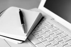 Vendesi: web writer, articolista, redattore online, ghost writer? Eccomi qui